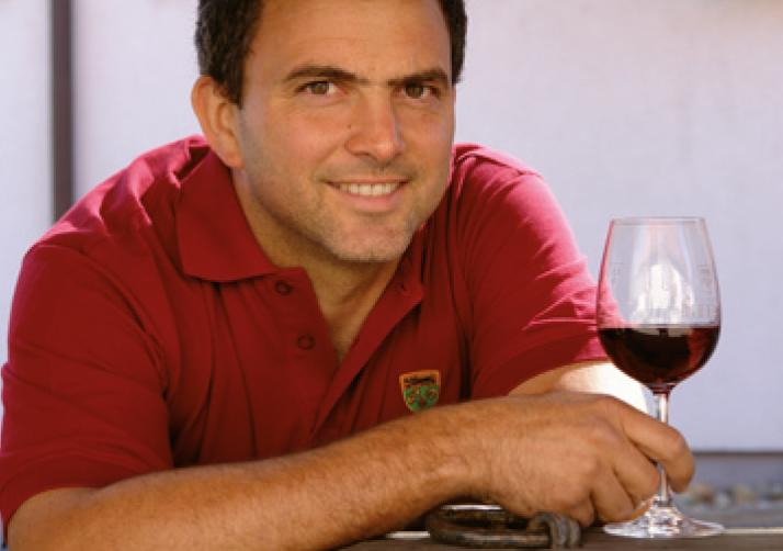 Hans Maret ist Unternehmer und Eigentümer des Weinguts Reverchon